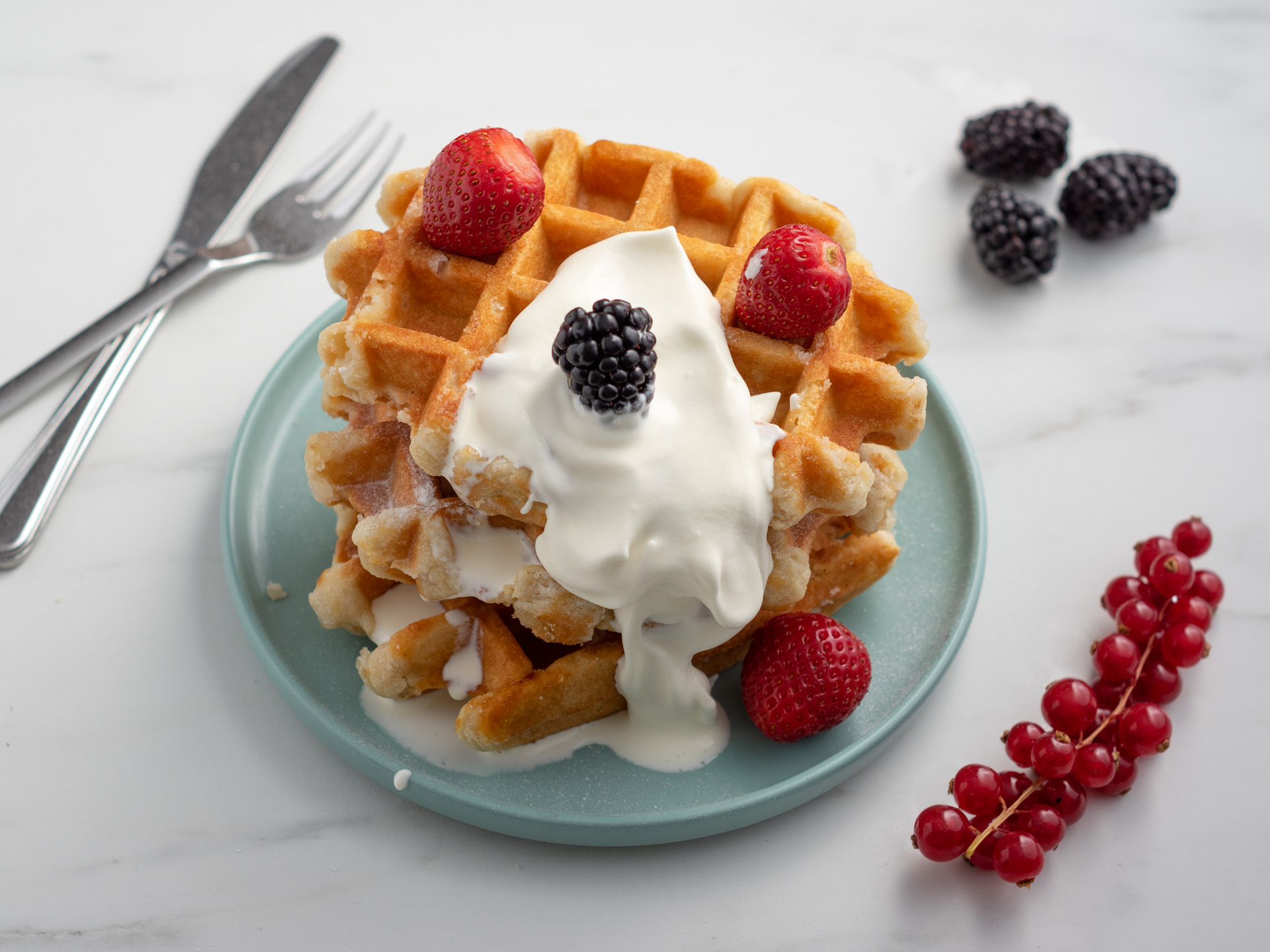 waffle with fresh cream and fruit